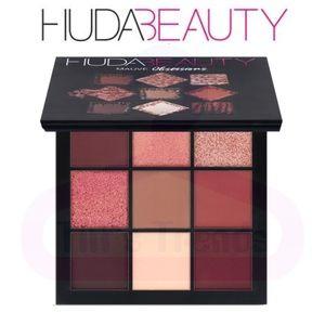 HUDA Beauty•Obsessions Palette Mauve